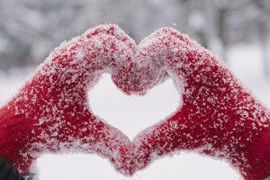 Snowy hands heart
